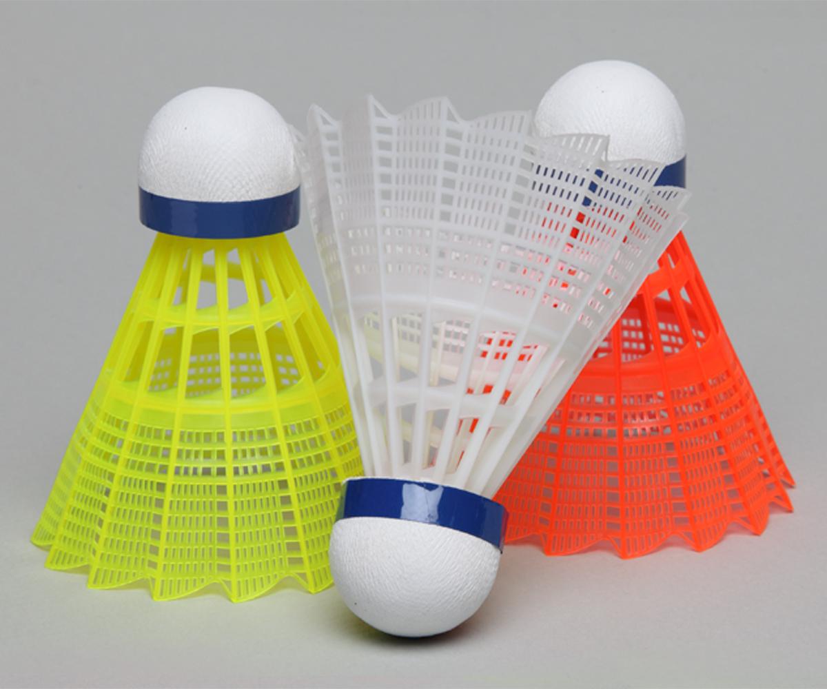 ada_90_badminton_shuttlecocks