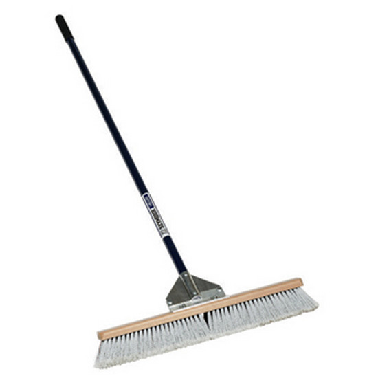 duo_broom__2_sizes_to_choose_from_